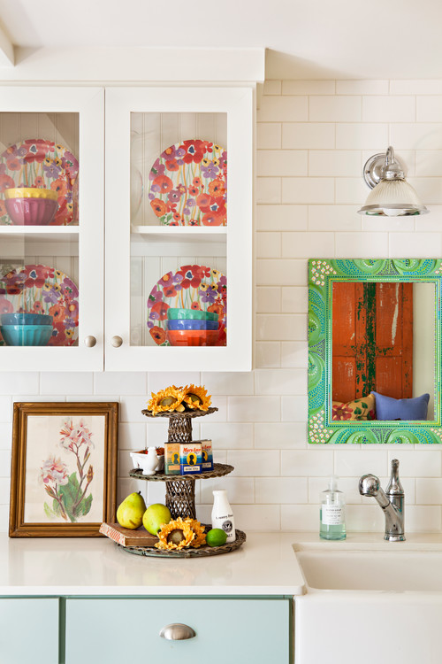 Flea Market Style Vintage Kitchen with Fiesta Ware Bowls