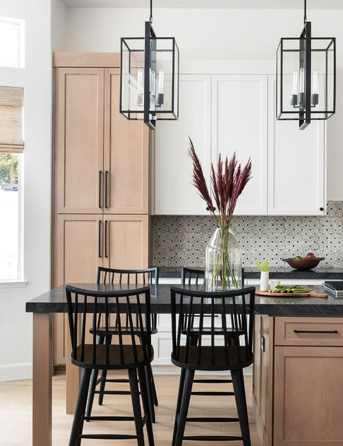 Modern Farmhouse Kitchen with Eat-In Island