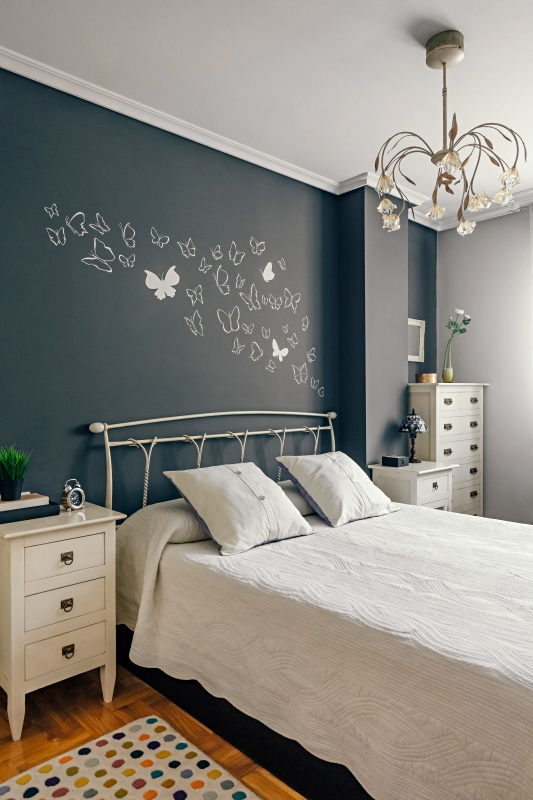 Gray and White Summer Bedroom
