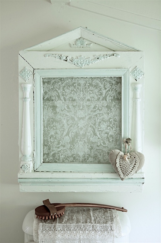 Repurposed Vintage Cabinet for the Bathroom