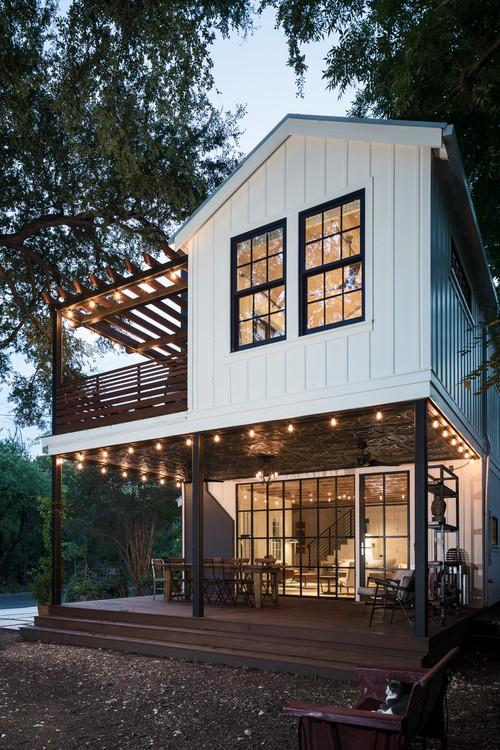 Exterior View of Modern Texas Farmhouse