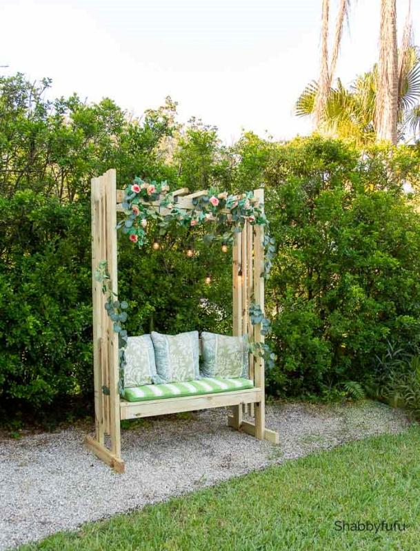 DIY Bench by Shabbyfufu