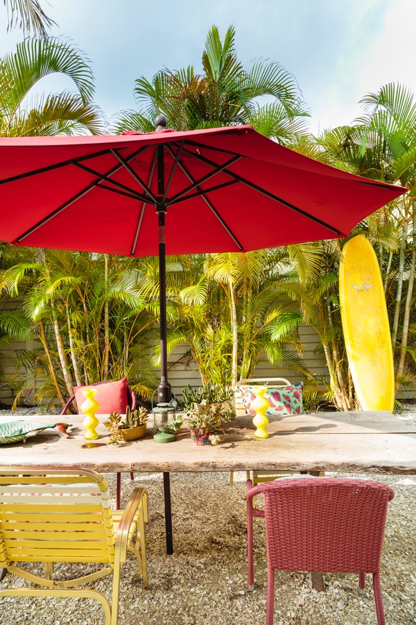 Florida Patio with Outdoor Dining in Red and Yellow