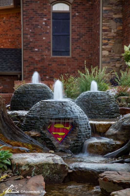 Superman Logo in Stacked Slate Sphere Fountain
