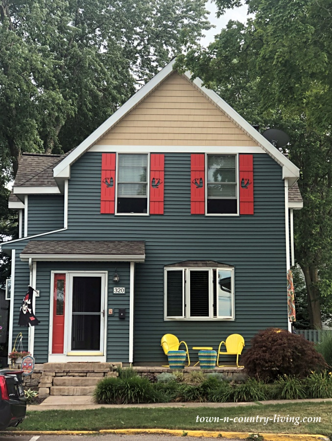 Colorful Historic Home in South Haven