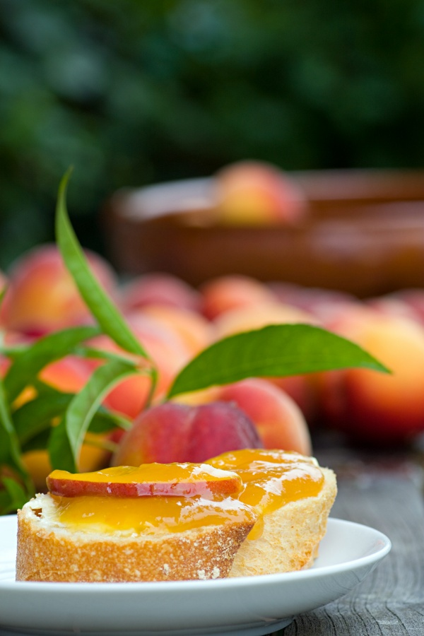 Baguette with peach jam and whipped ricotta cheese
