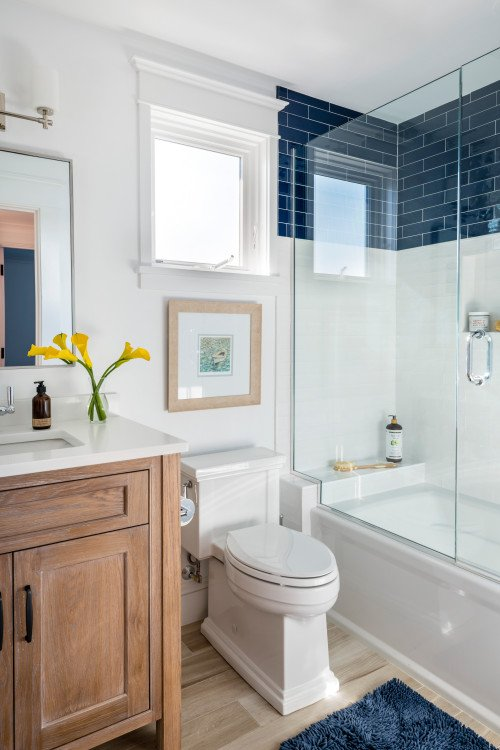Navy Blue and White Bath