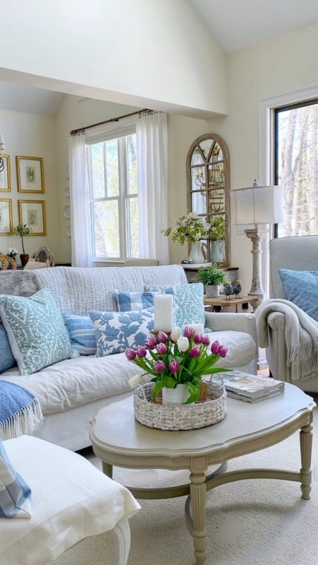 Blue and White Living Room by Shabbyfufu