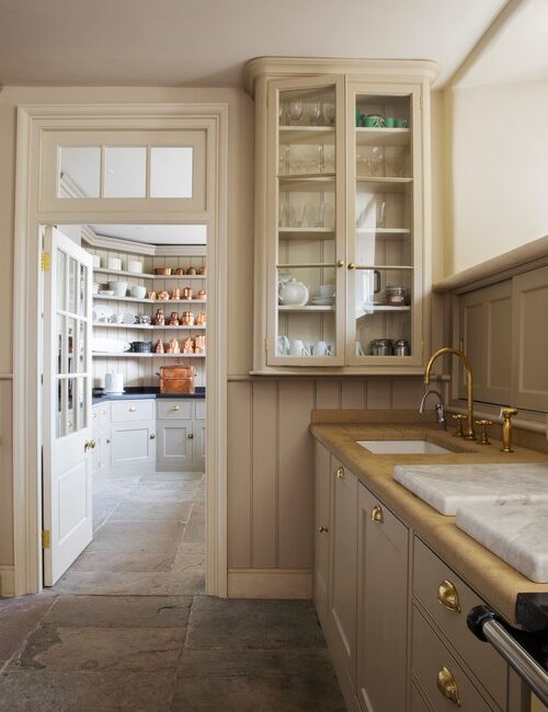 Old World Kitchen in Creamy Earth Tones