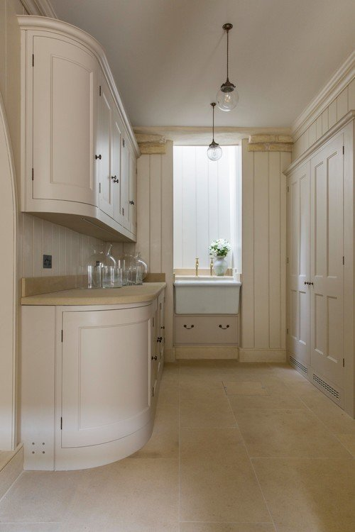 Cream Toned Kitchen and Butler's Pantry
