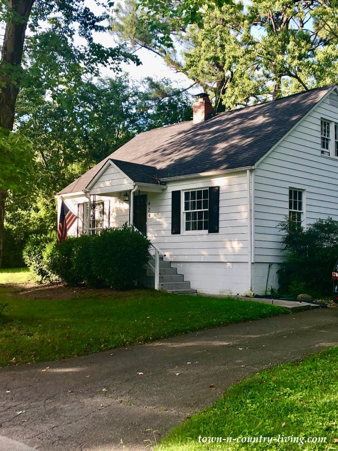 Cape Cod Cottage in Maryville, Tennessee