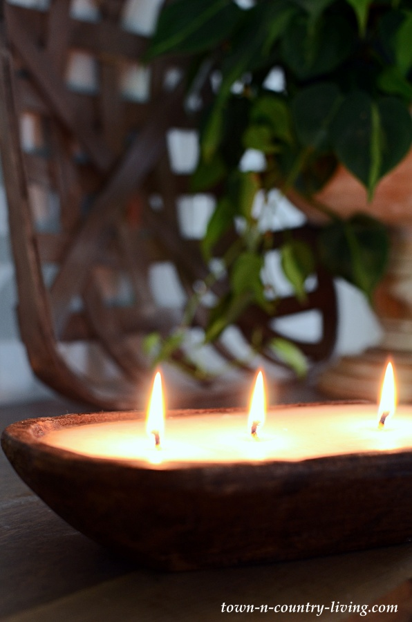 Home and Hive Candle in Wooden Bowl
