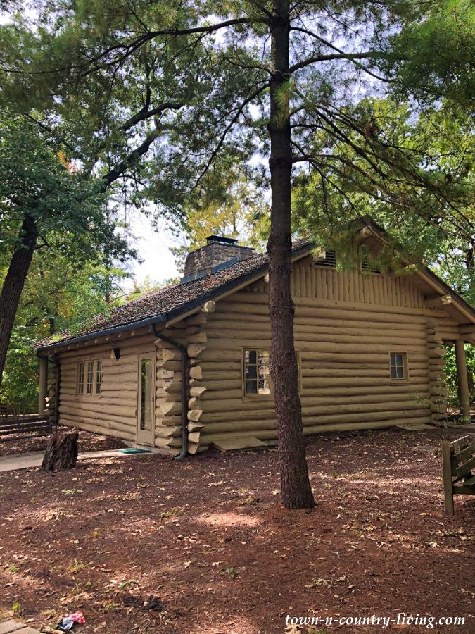 Cabin at Starved Rock State Park in Illinois