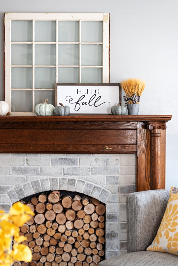 Autumn home decor on the fireplace mantel