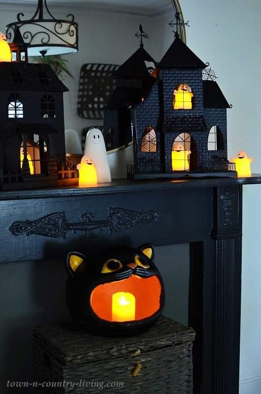 Black Halloween Mantel with Houses and Ghosts