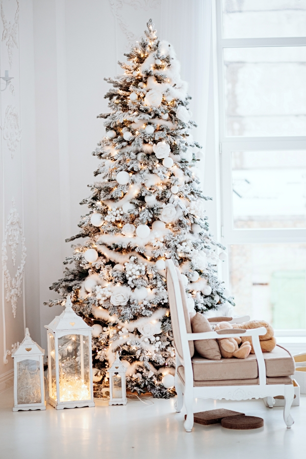 Shabby Chic Style Christmas Tree