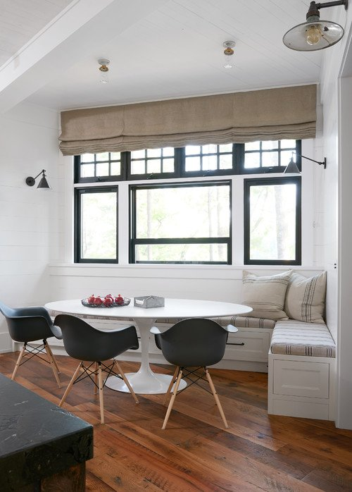 Black and White Breakfast Nook in Canadian Cottage