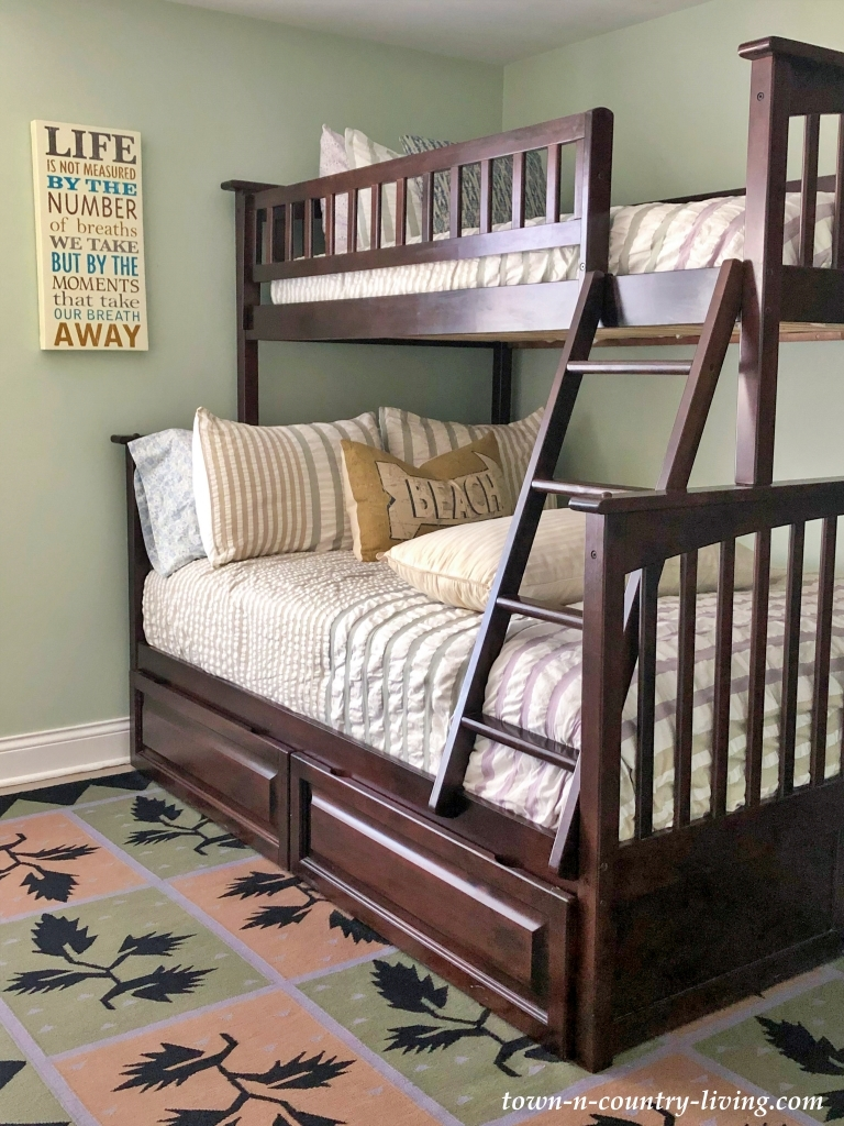 Large Bunk Beds in Small Bedroom