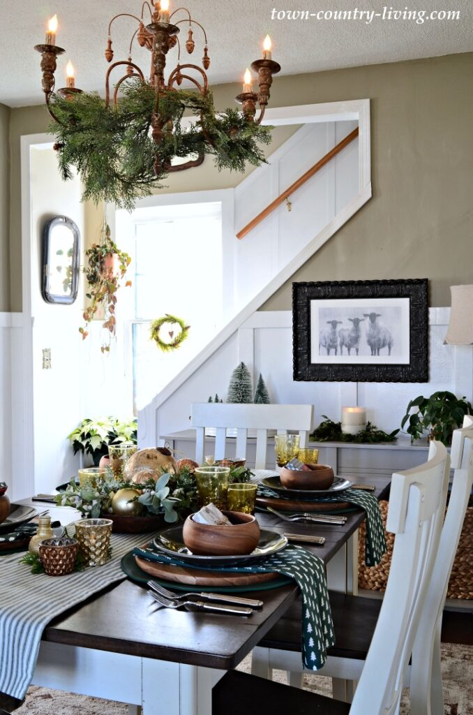 Christmas Country Home Tour - the Dining Room