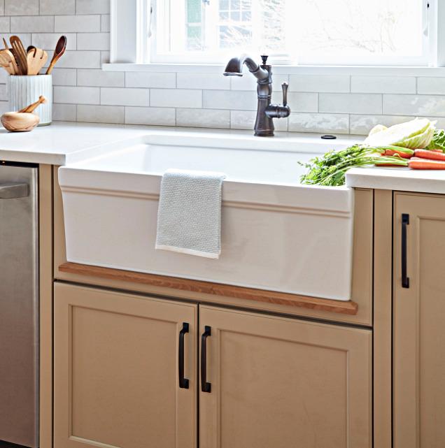 Farmhouse Sink in Craftsman Style Kitchen