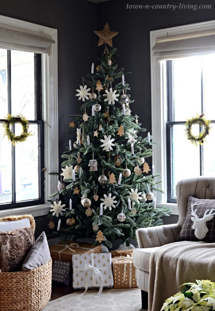 Scandinavian Style Christmas Tree with Candle Lights