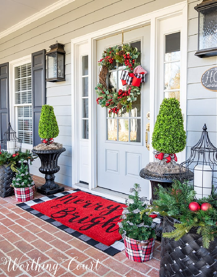 Christmas Entryway by Worthing Court