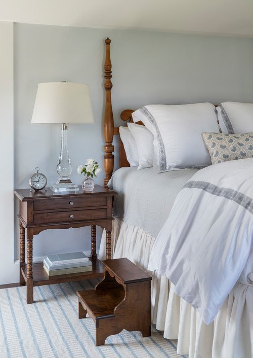 Pale Gray and White Traditional Bedroom with Four-Poster Bed