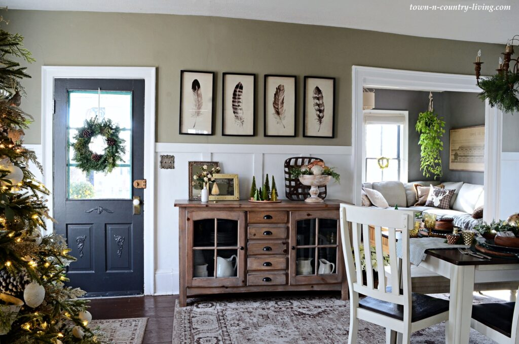 Christmas Country Home Tour at Town and Country Living