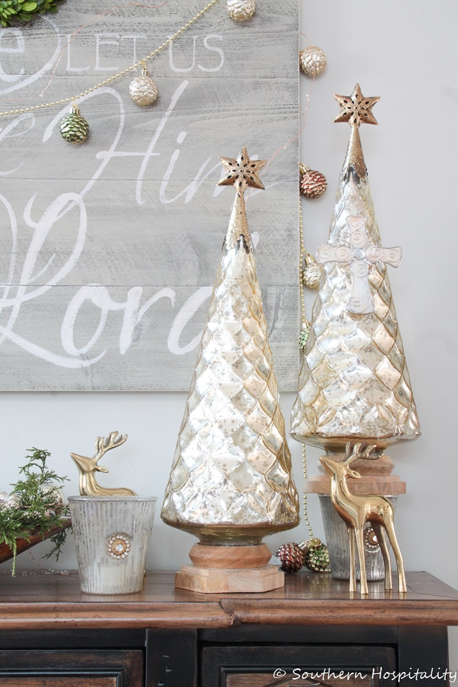 Christmas Foyer by Southern Hospitality