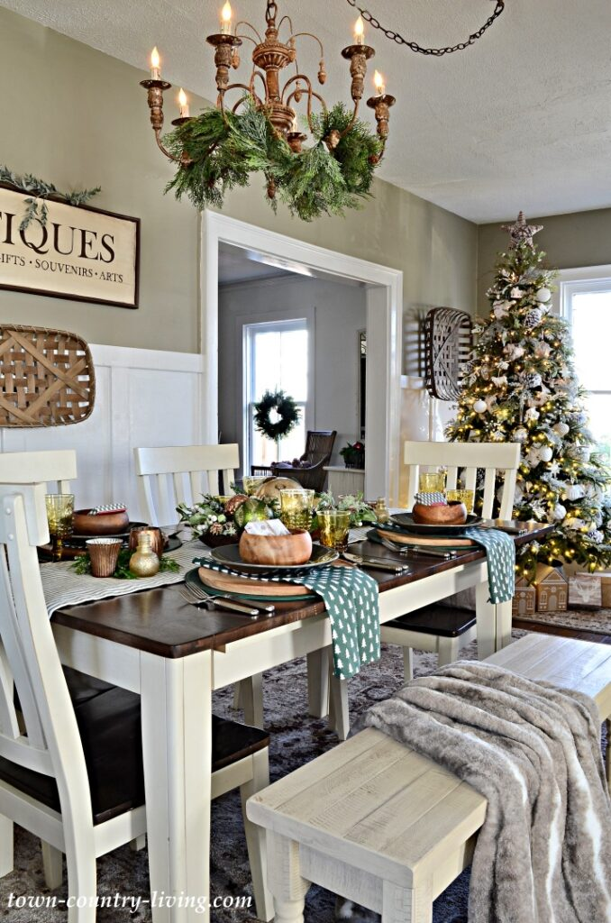 Christmas Dining Room and Christmas Tree 2020