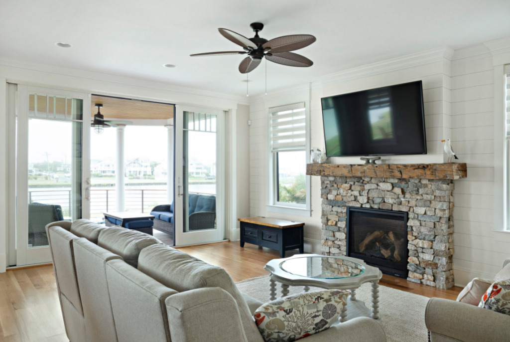 Coastal Style Living Room in New Jersey
