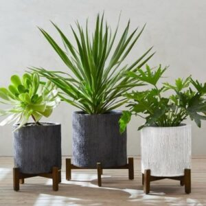 footed houseplant pot
