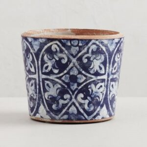 Blue and white ceramic pot