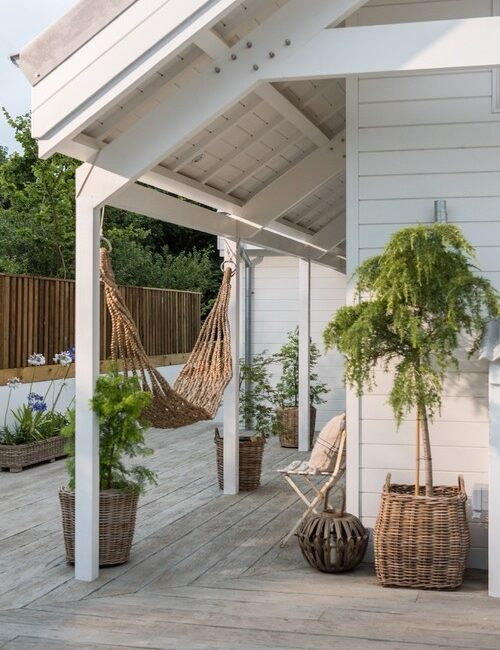 Beach Cottage Rental - Front Porch with Hammock