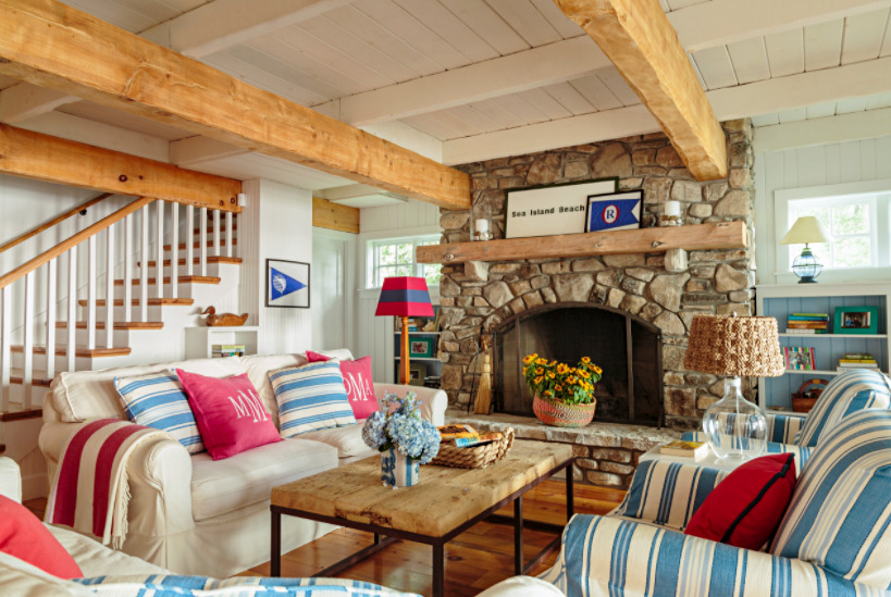 Patriotic Style Living Room in Beach Bungalow