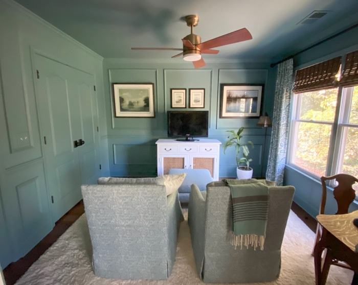 Picture Molding by Southern Hospitality