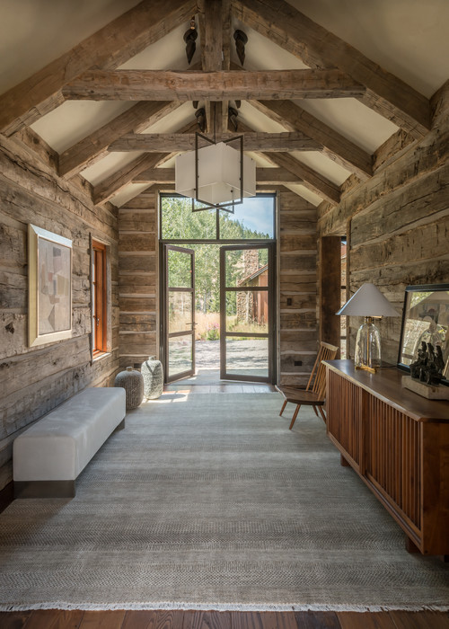 Mountain Home Entryway in Wyoming