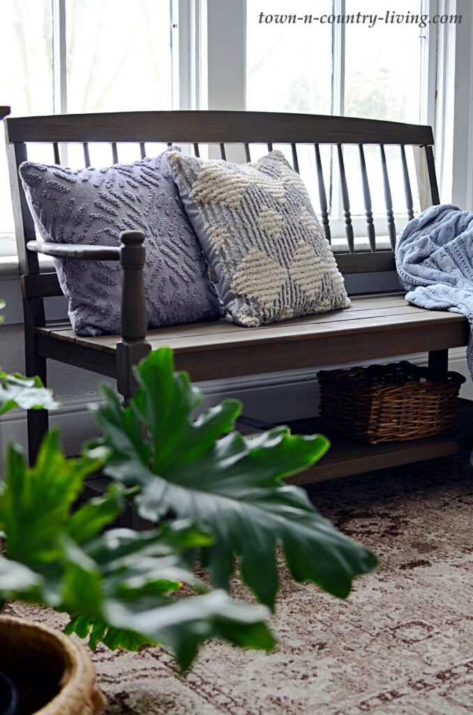 Wooden Entryway Bench with Textured Gray Pillows