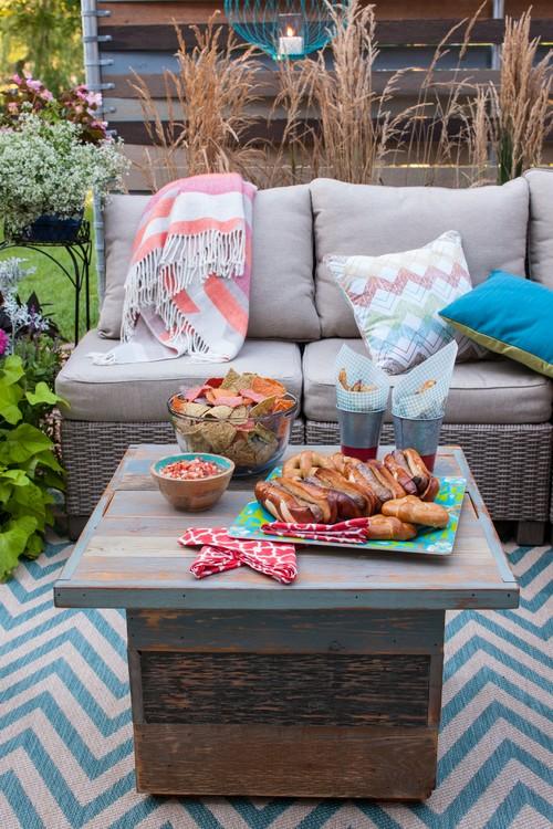 Cozy Backyard Lounge on a Patio