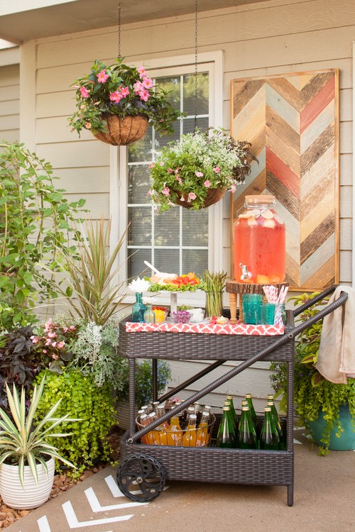 Outdoor Entertainment Bar Cart on Backyard Patio Lounge
