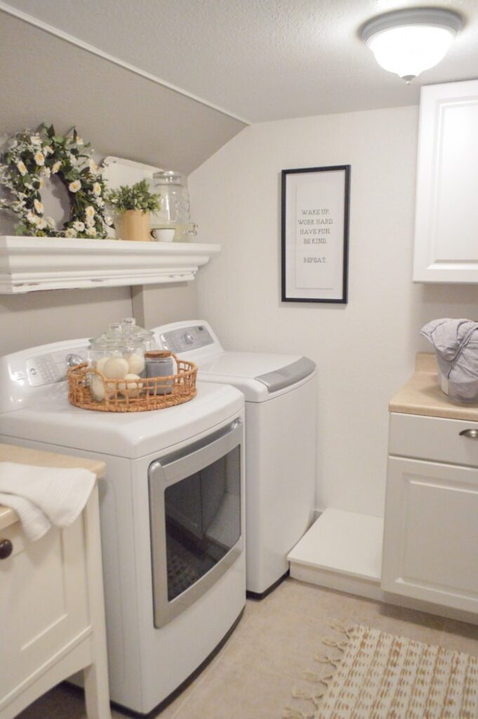 Fox Hollow Cottage Laundry Room