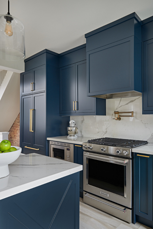 Modern Country Kitchen with Navy Blue Cabinets