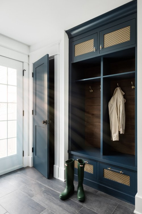 Modern Farmhouse Mud Room - Home Remodel