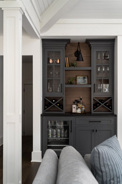 Built-In Home Bar
