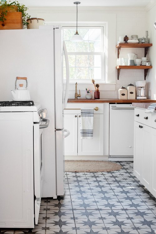 South Carolina Cottage Kitchen