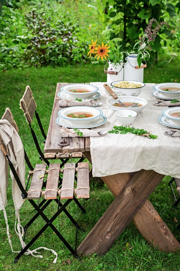 Outdoor Dining French Style