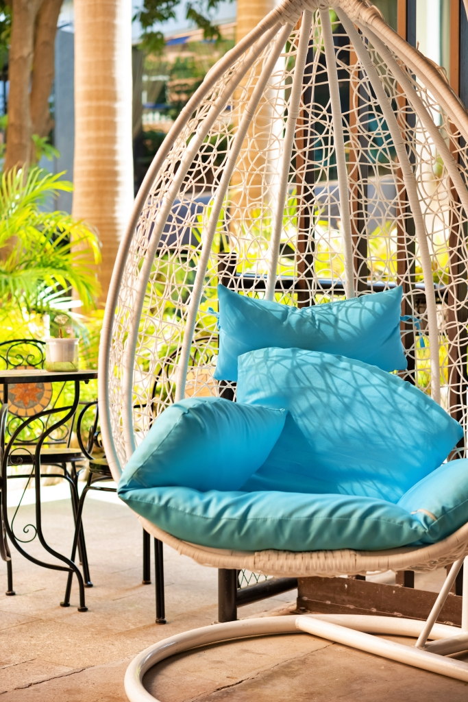 Freistehende Gartenschaukel für Veranda oder Deck