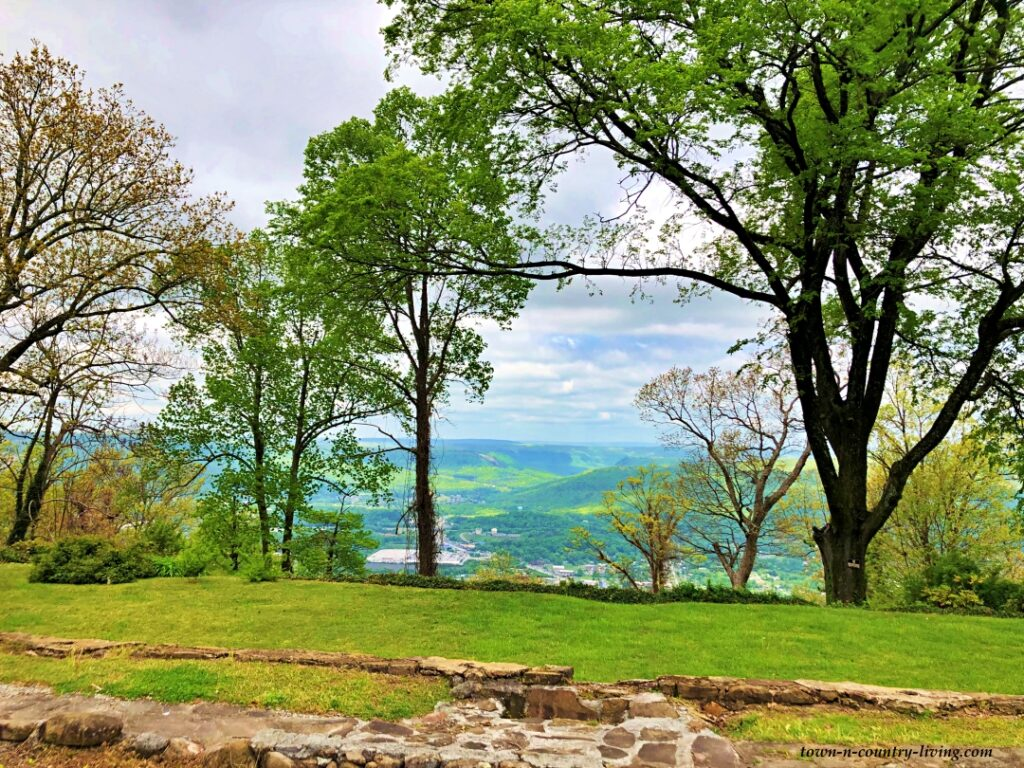 View from the top of Lookout Mountain in Tennessee
