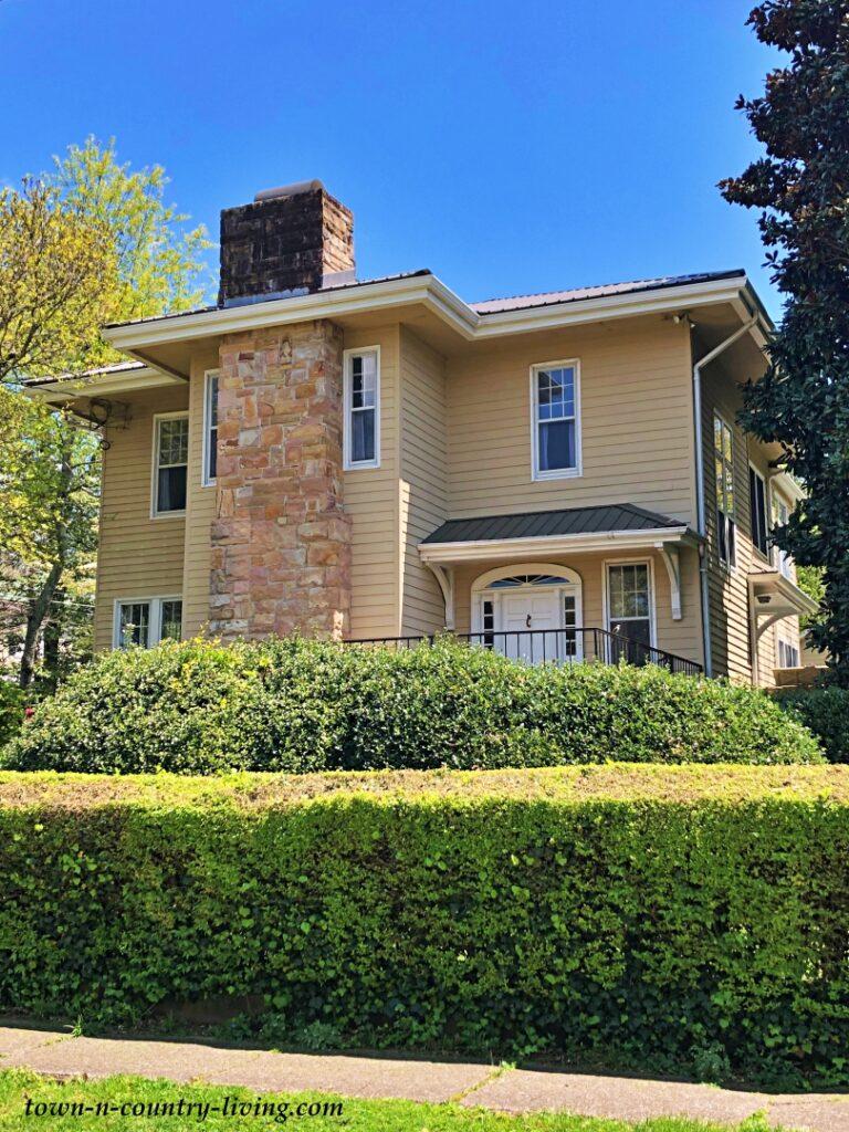 Tan Clapboard High-End Custom Home in Chattanooga