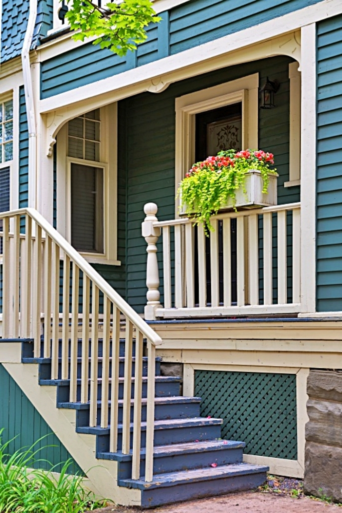 Front Porches by Town and Country Living